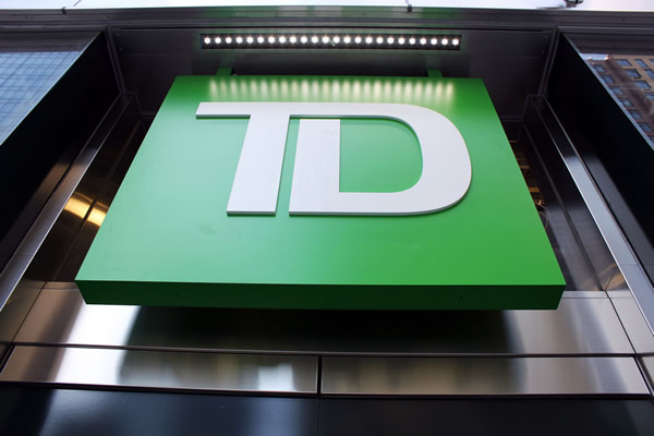 Td Aeroplan Deal A Smashing Success For Td Bank Creditcardscanada