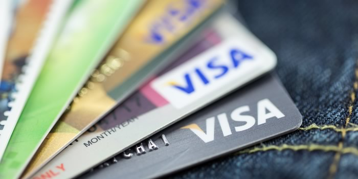 vancouver transit accepts contactless credit card payments